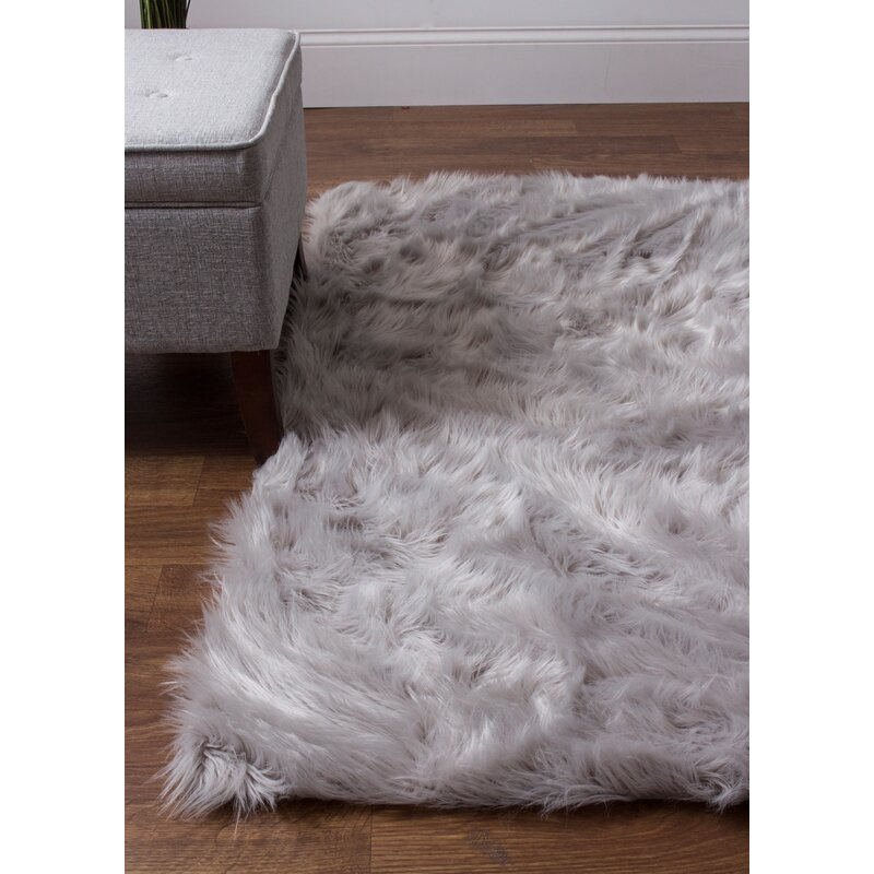House Of Hampton Charlotte Hand-Woven Faux Sheepskin Gray