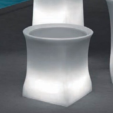 100 Essentials Brightness Plastic Pot Planter