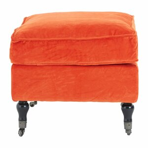 Hocker von Castleton Home