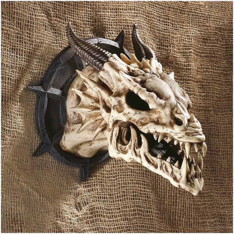 Horned Dragon Skull Wall Décor