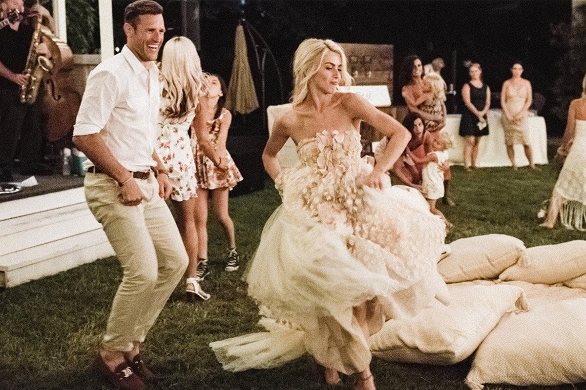 Julianne Hough Wedding Dress.Get The Look Julianne Hough S Wedding Weekend Wayfair