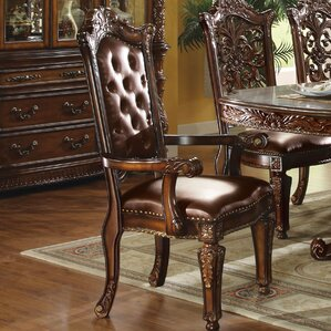 Welles Traditional Upholstered..