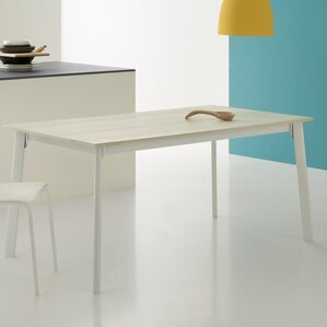Otis Extendable Dining Table by YumanMod