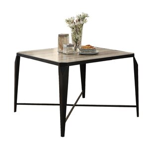 Hiliritas Dining Table
