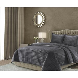 roesch solid oversized quilt set
