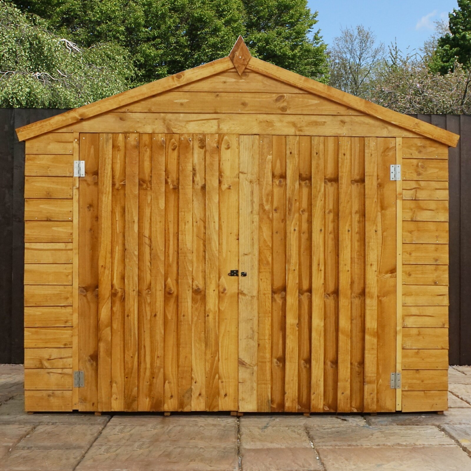 Mercia garden products 7 x 3 wooden overlap apex bike shed for Garden shed 7 x 3