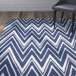 Hand-Tufted Wool Navy/Ivory Area Rug by Safavieh