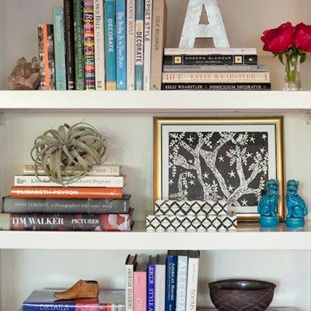 How To Decorate A Whimsical Bookshelf