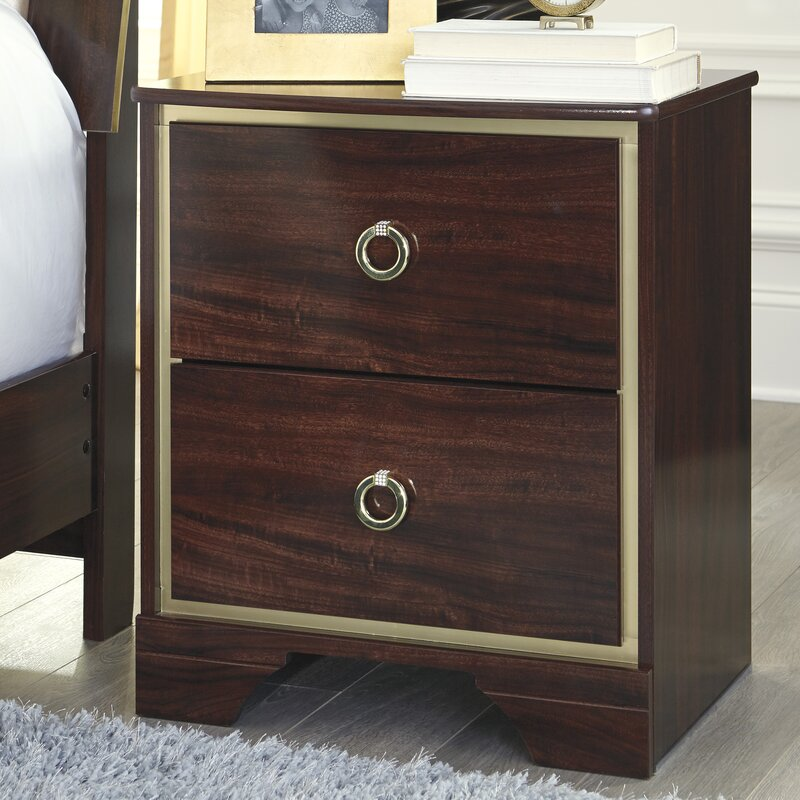 Charmant Bevis 2 Drawer Nightstand