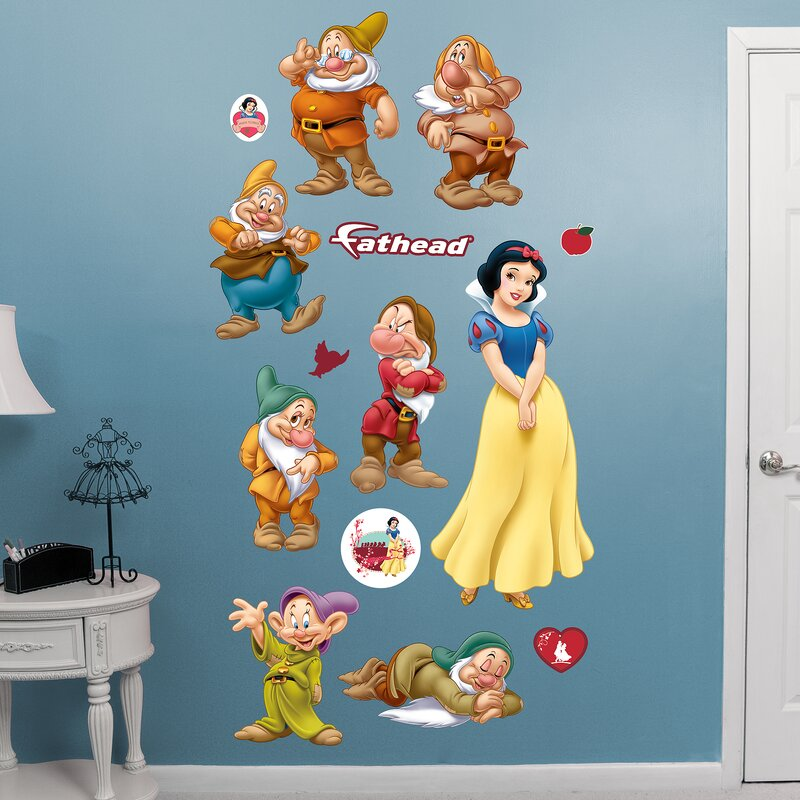 Disney   Snow White And 7 Dwarfs Peel And Stick Wall Decal