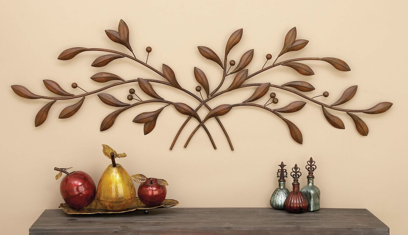 Metal Leaf with Berries Wall Dcor