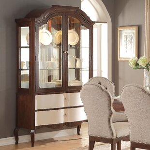 Daxten Lighted China Cabinet