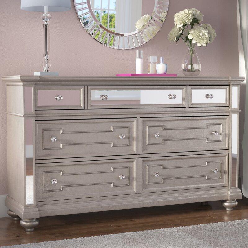 Ordinaire Ronna 7 Drawer Standard Dresser