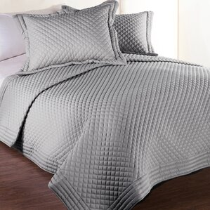 Morgandale Microfiber Stain and Water Resistant Diamond Quilt