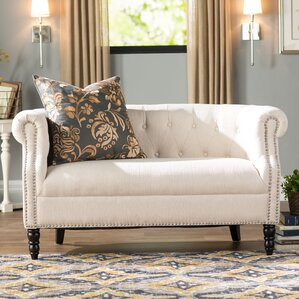 Huntingdon Chesterfield Loveseat