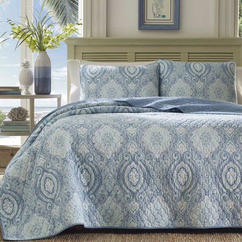 Tommy Bahama Home Turtle Cove Reversible Quilt Set