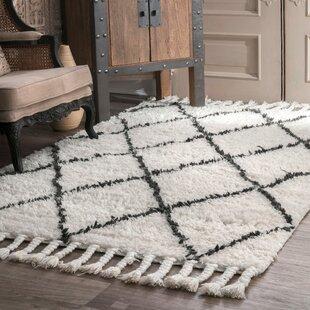 tapis nou la main en laine blanc cass gris fonc twinar - Tapis Gris Et Blanc
