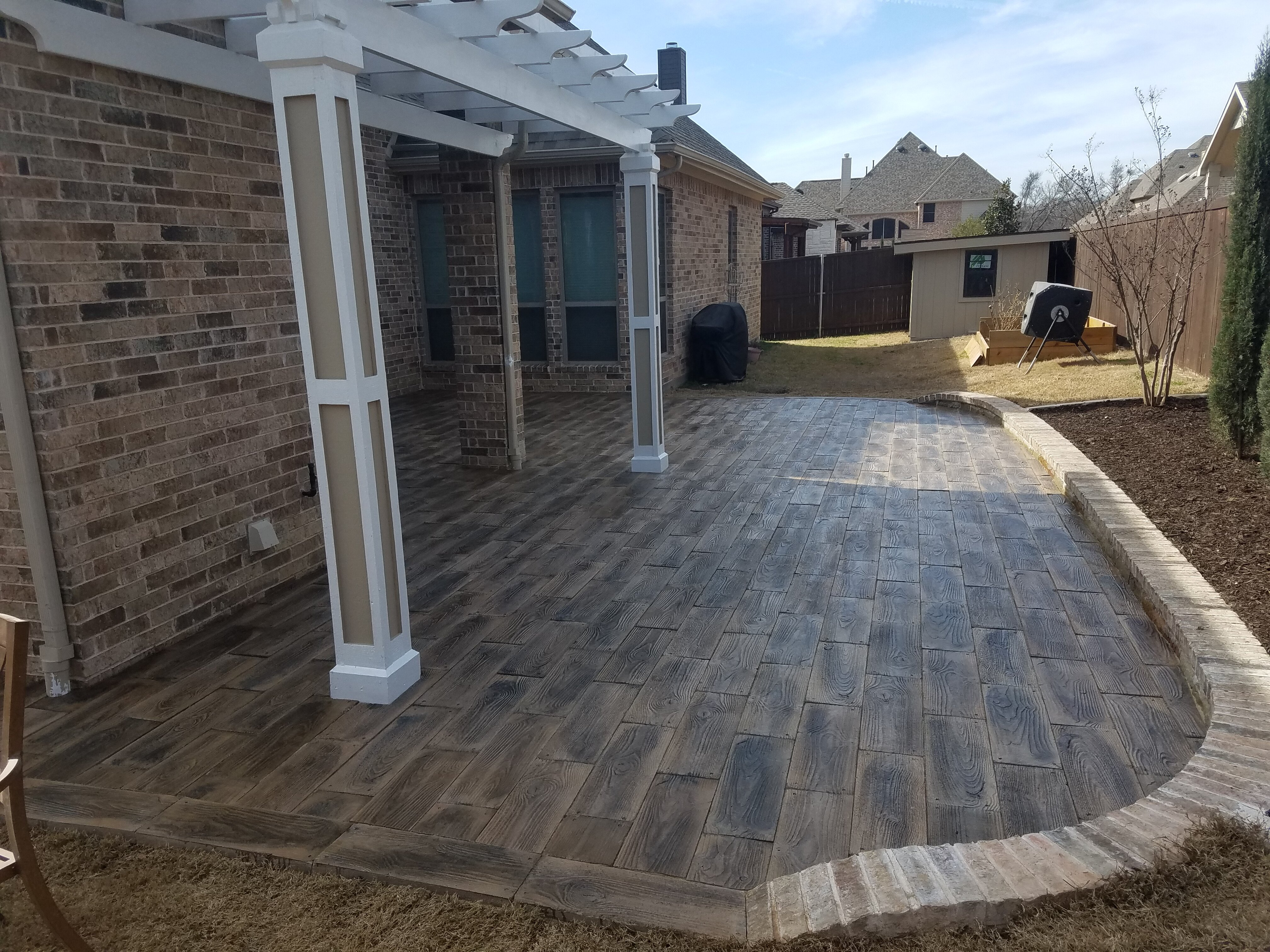 Barnwood Plank Patio-on-a-Pallet Paver Set