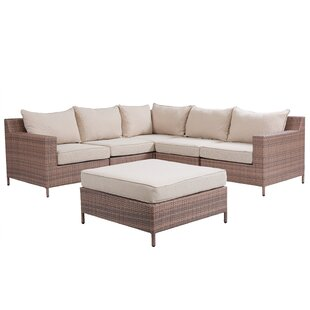 Hillcrest Sectional With Cushions
