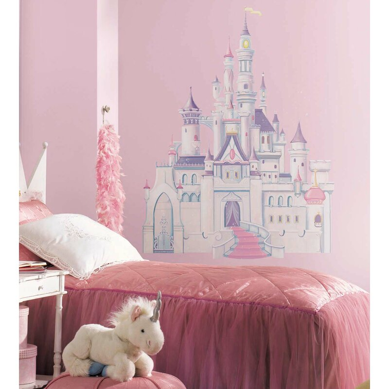 Charmant Disney Princess Castle Wall Decal