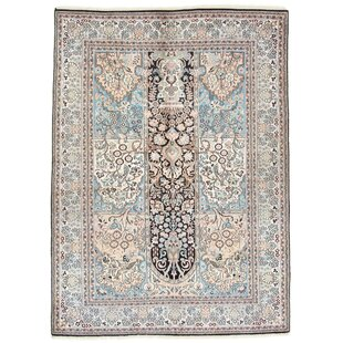 Riley Hand Knotted Beige/Blue Rug by World Menagerie