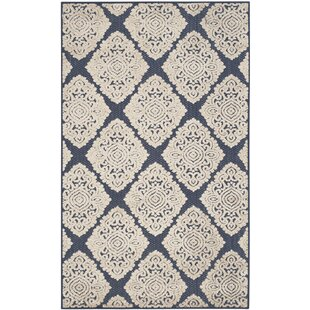 Best Reviews Mannox Cream/Navy Blue Indoor/Outdoor Area Rug By Alcott Hill
