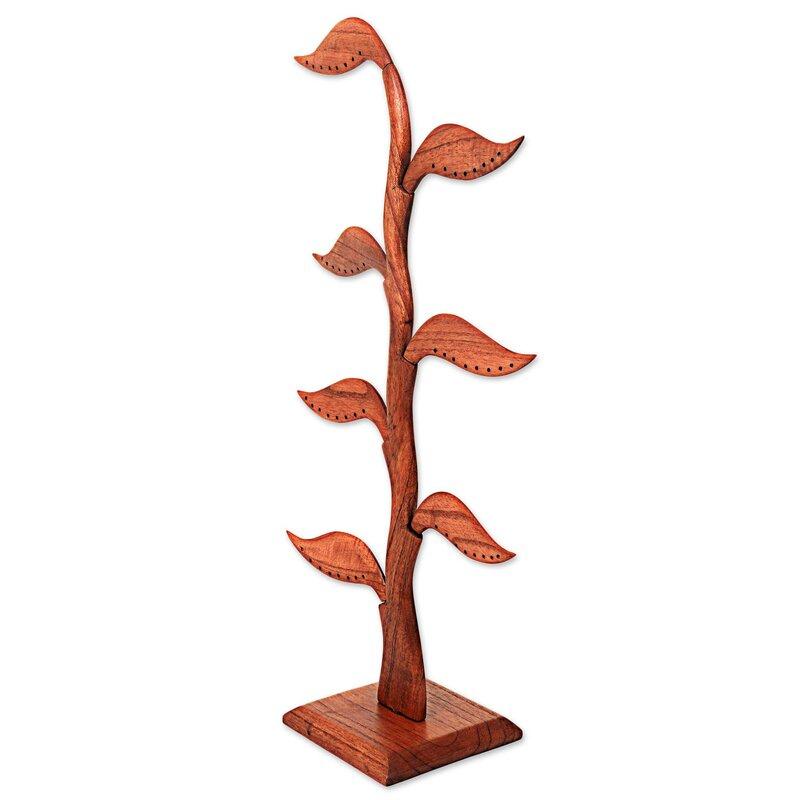 Daun Salam Wood Earring Jewelry Stand