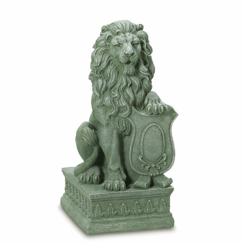 Superieur Regal Lion Garden Statue
