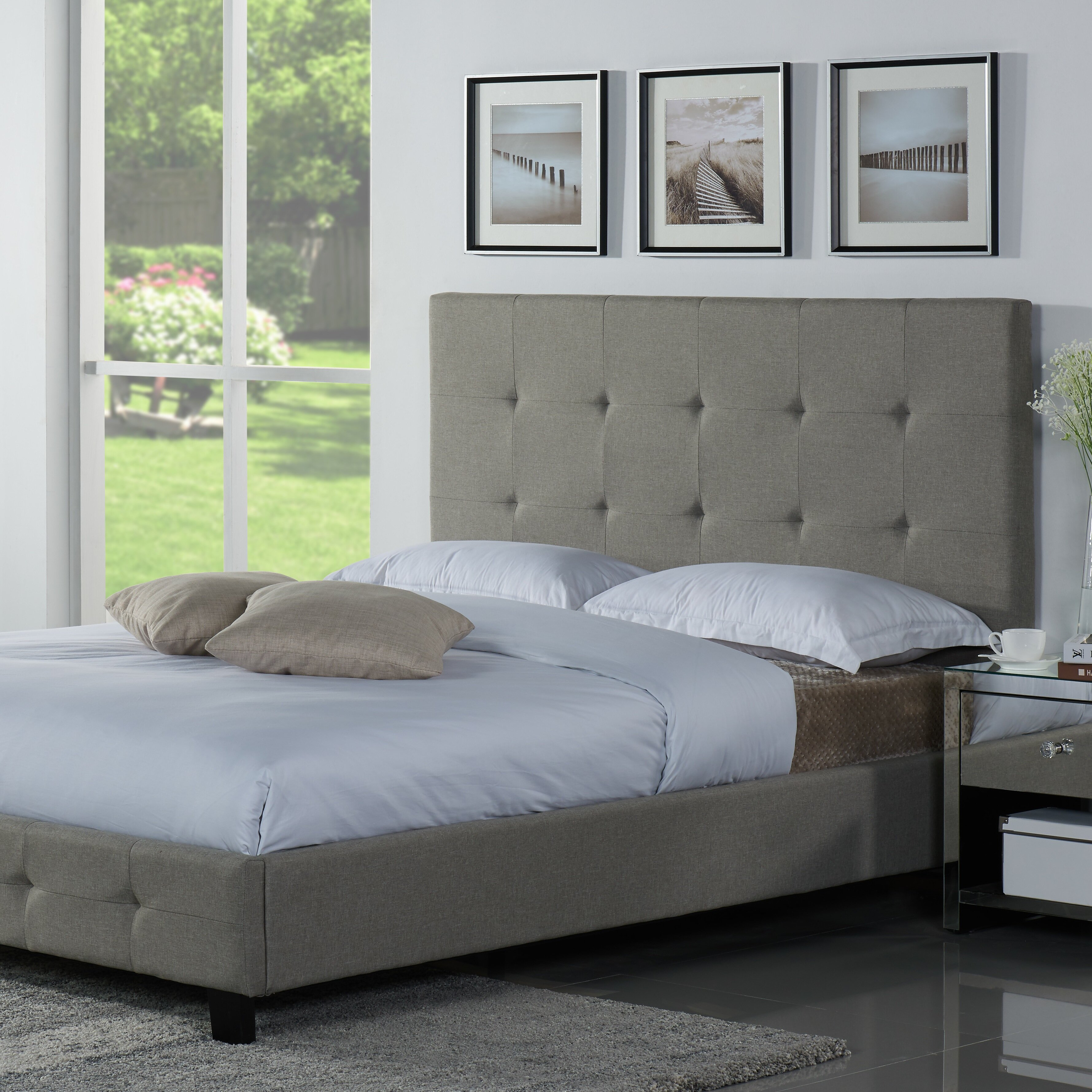 Tiara Upholstered Platform Bed Latitude Run