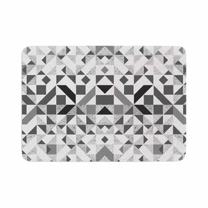 Vasare Nar Monochrome Geometric Memory Foam Bath Rug