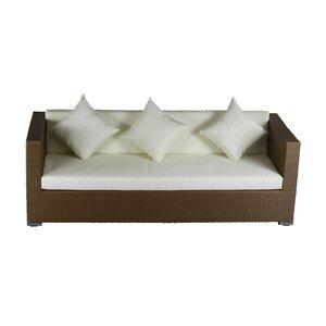 Sofa mit Kissen von IHP24