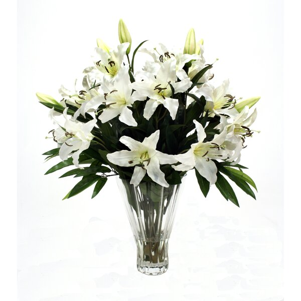 Distinctive Designs Waterlook Silk Casa Blanca Lilies In Glass Vase