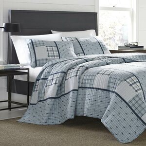 Windermere Reversible Quilt Set