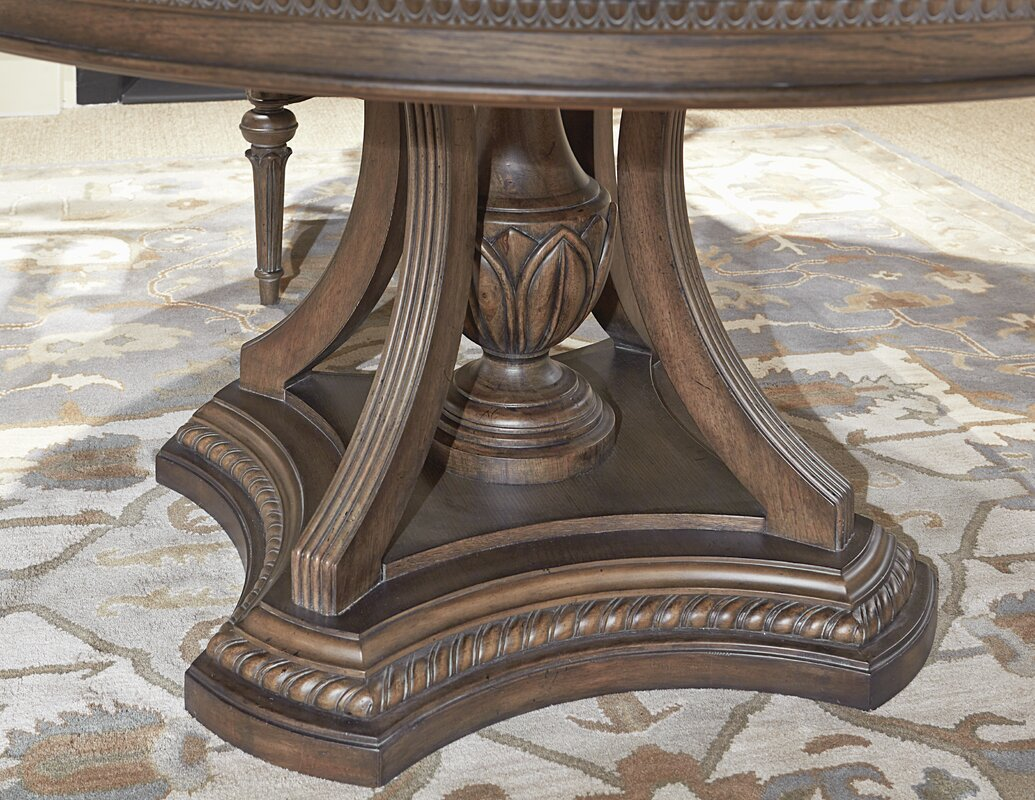 Legacy Classic Furniture Renaissance Round to Oval Dining Table