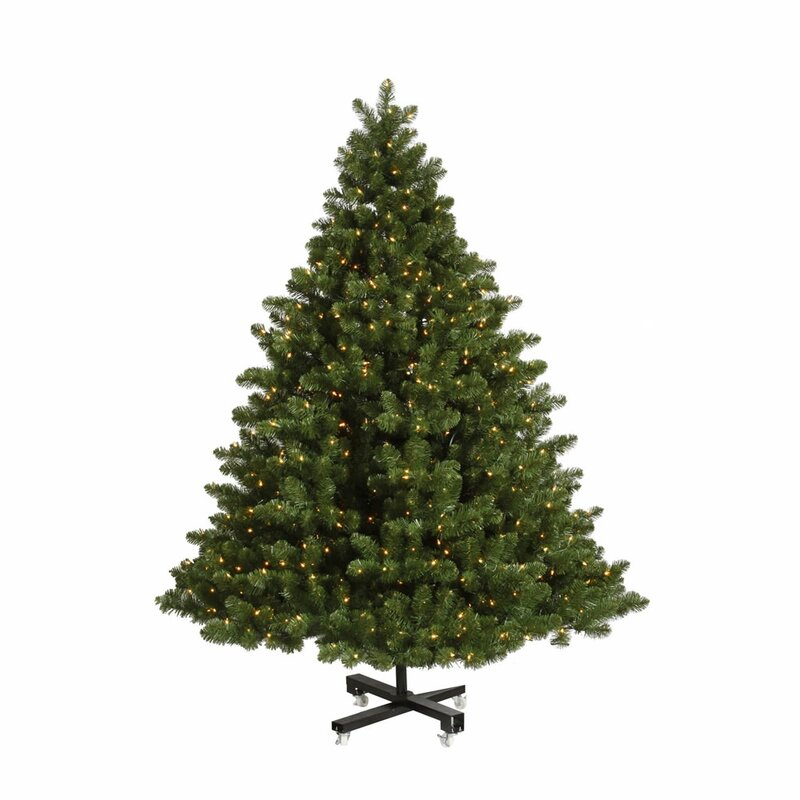 Grand Christmas Tree: The Holiday Aisle Grand Teton Med 9.5' Green Cypress