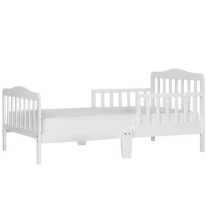 Classic Toddler Bed by Dream On Me