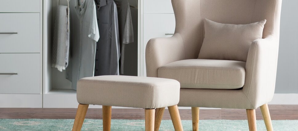 The Outlet: Accent Chairs