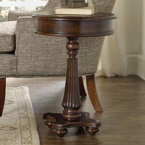 Leesburg End Table by Hooker Furniture