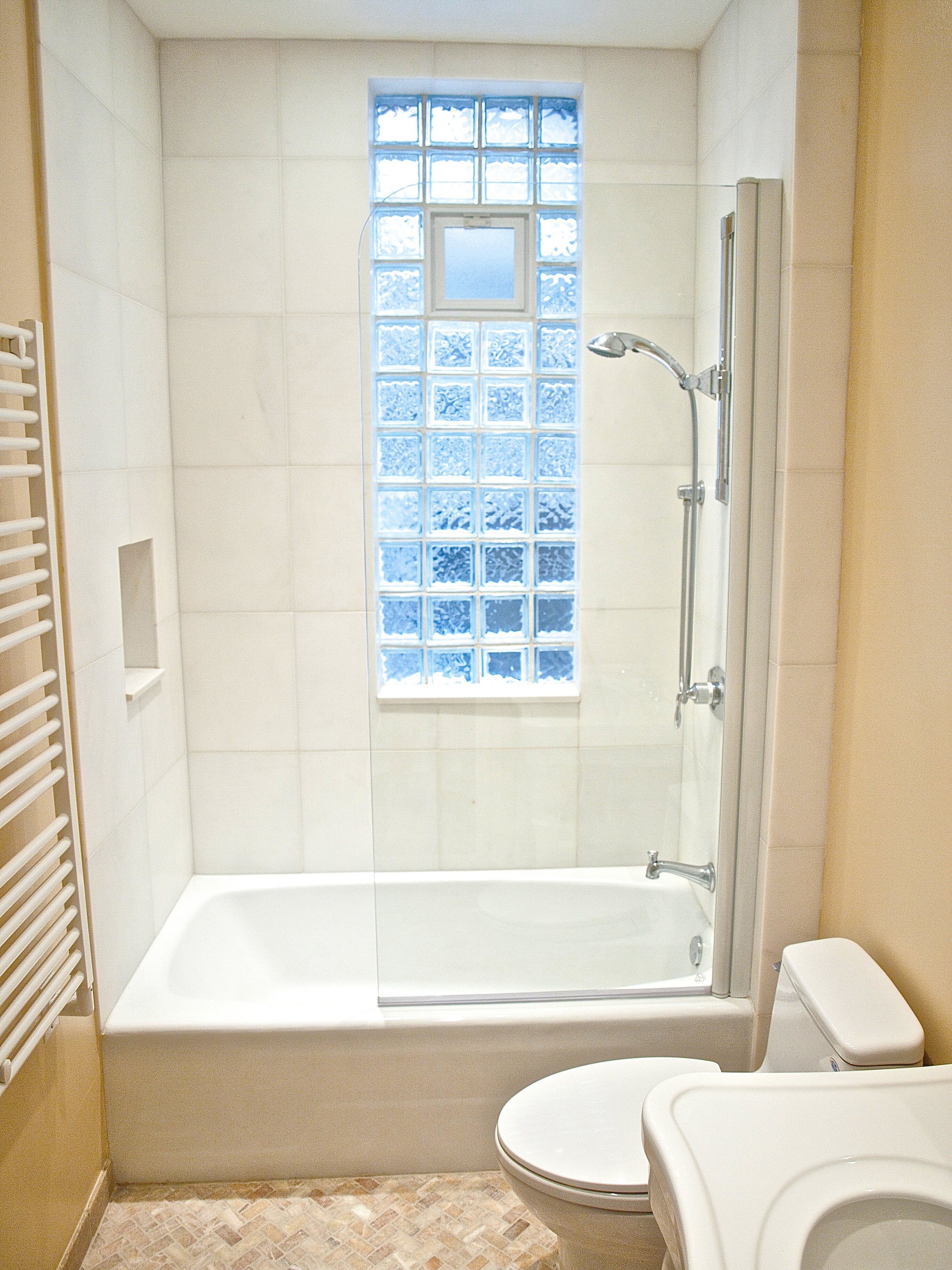 you things to modern remodel about bathtub today need know pin x bathrooms corner