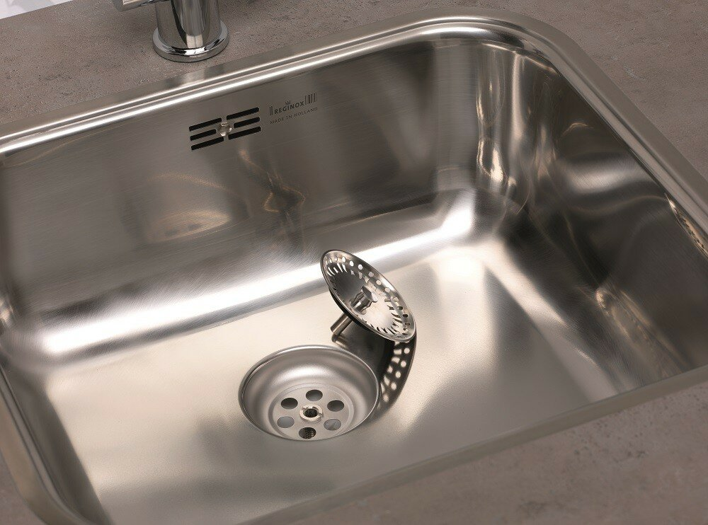 Reginox Chicago 60cm x 50cm Single Bowl Kitchen Sink & Reviews ...