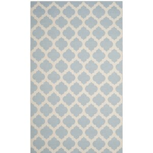 Willow Hand-Woven Light Blue/Ivory Area Rug