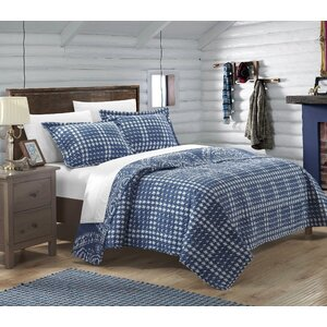 Arzola 2 Piece Twin Reversible Quilt Set