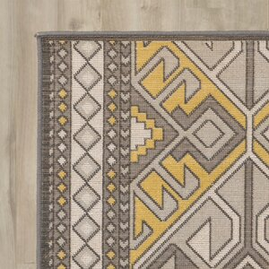 Hasselt Brown/Gold Area Rug