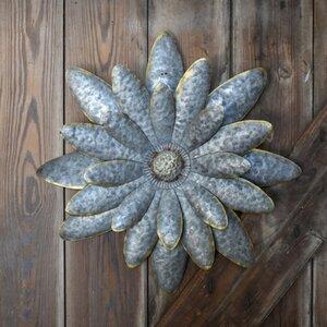 Metal Flower Daisy Wall Du00e9cor (Set of 2)