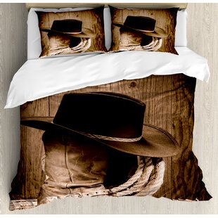 Western Wild West Themed Cowboy Hat and Old Ranching Rope On Wooden Display  Rodeo Style Duvet Cover Set fd8d41096039