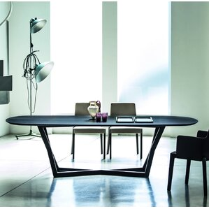 Belfast Dining Table by YumanMod