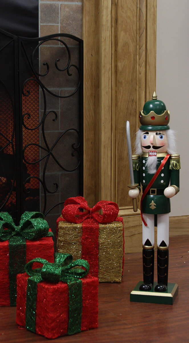 Three Posts Decorative King Wooden Christmas Nutcracker with Sword ...