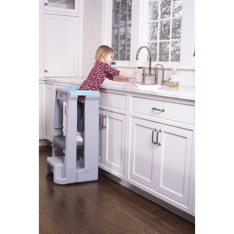 Charmant Toddler Tower Adjustable Kitchen Helper