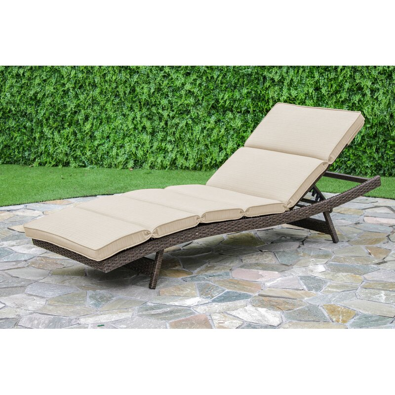 Brayden Studio Fortenberry Chaise Lounge With Cushion