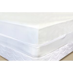 Luxurious Hypoallergenic Waterproof Mattress Protector by HomeCrate